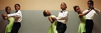 Jeunes qui dansent